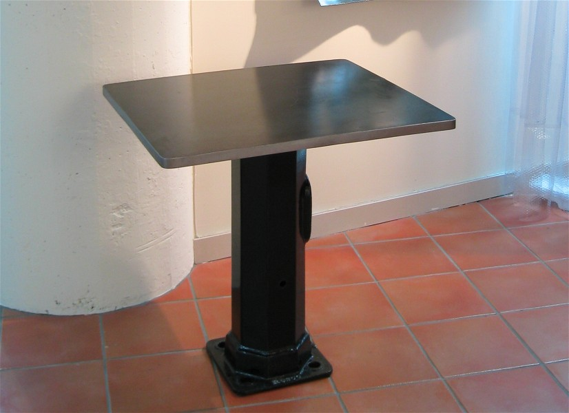 Streetlight bistro table, cool vintage.ca, roy mackey